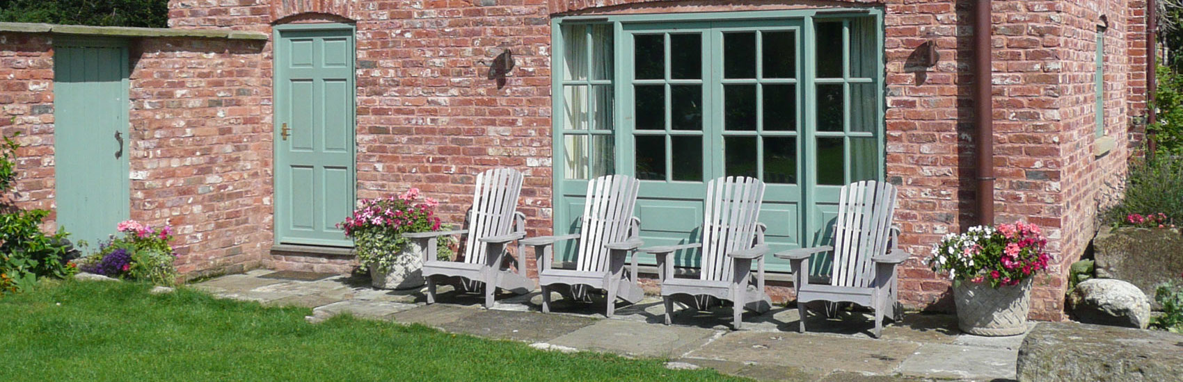 Glan Clwyd Isa | Holiday Accommodation North Wales | Cae Caled Page Header