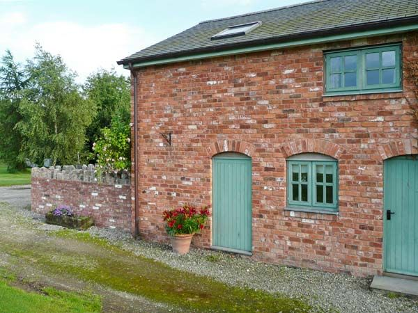 Front Door | Llyn Clwyd Self Catering | Glan Clwyd Isa